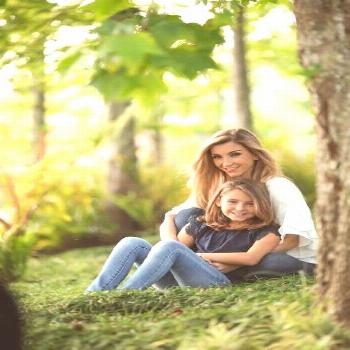 25+ New ideas for baby girl photography mother daughters photo ideas | mom daughter photography bab
