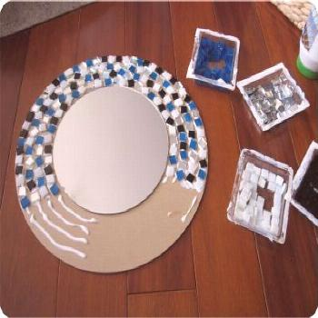 DIY Mosaic mirror | Cheap Project that's super easy to make. With a bunch of different color scheme
