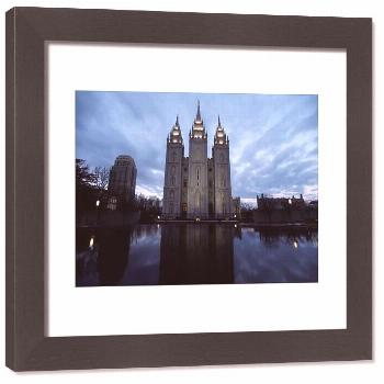 Framed Print-The Mormon Temple is shown at Temple Square, downtown Salt Lake City-33x28 cm Frame an