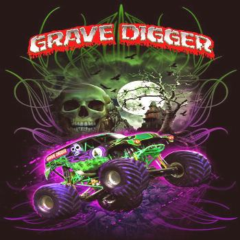 It's the black and green wrecking machine grave digger,  between grave digger and bigfoot those r t