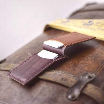 Leather wallet and card holder An incredibly pleasant wallet to look at. Two tones