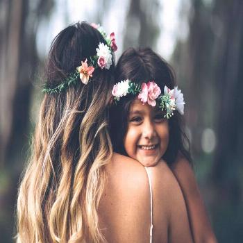 Mother and daughter photography spring session matching best friends spring forest headbands