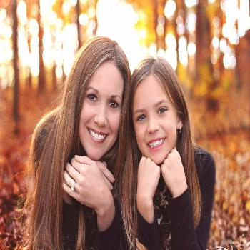 Mother And Dauther Picture Ideas - In The Woods | Ideas Para Mother And Dauther Picture Ideas - In