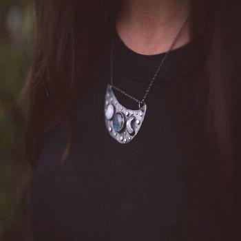 Triple Moon Goddess Necklace - Silver Moon Phase Pendant - Celestial Jewelry - Witch Necklace - Moo