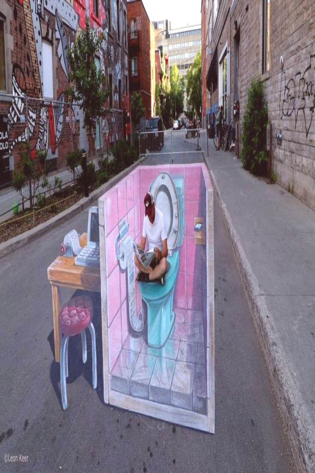 """3D-Streetpainting """"Fake News"""" Montreal - Crazy Hippo#3dstreetpainting"""